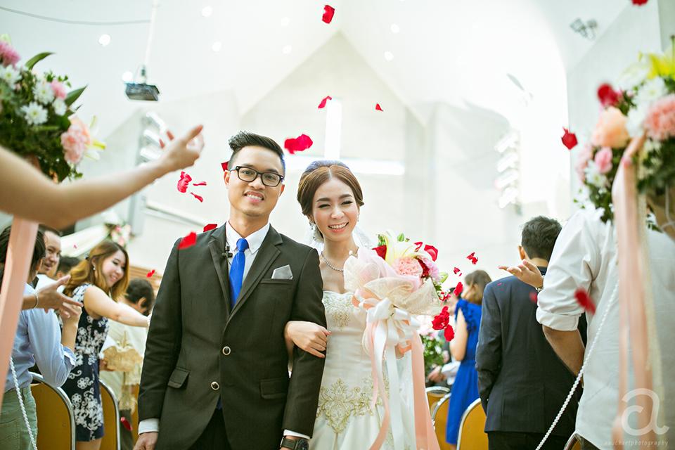 wedding, ถ่ายภาพแต่งงาน, ช่างภาพสมุทรปราการ, หาช่างภาพ,Pre wedding, ถ่ายภาพงานแต่ง, คริสตจักรพระคริสต์รวมใจ, แต่งงานในโบสถ์, แต่งงาน, งานแต่ง benedict, ช่างภาพอยุธยา, ช่างภาพนครสวรรค์,