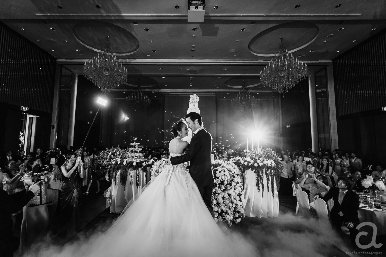 wedding, ถ่ายภาพแต่งงาน, รับถ่ายรูป, ช่างภาพสมุทรปราการ, รับจ้างถ่ายรูป, หาช่างภาพ, ช่างภาพหัวหิน, Pre wedding หัวหิน, Pre wedding, ช่างถ่ายรูป,ถ่ายภาพงานแต่ง, คริสตจักรพระคริสต์รวมใจ, แต่งงานในโบสถ์, แต่งงาน, งานแต่ง benedict studio, ช่างภาพอยุธยา, ช่างภาพนครสวรรค์, ช่างภาพโคราช, โรงแรมแมนดาริน, mandarin oriental, Chatrium Hotel Riverside Bangkok, Ramada Plaza Menam Riverside Bangkok, S31hotel, โอเรียนเต็ล เรสซิเดนซ์ กรุงเทพม, centara, Bangkok Photographer, Marriott Bangkok Hotel, Thailand Photographer